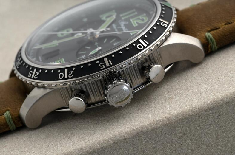 Limited Edition Replica Breguet Type XXI 3815 Chronograph Titanium 42mm Watch Review 3