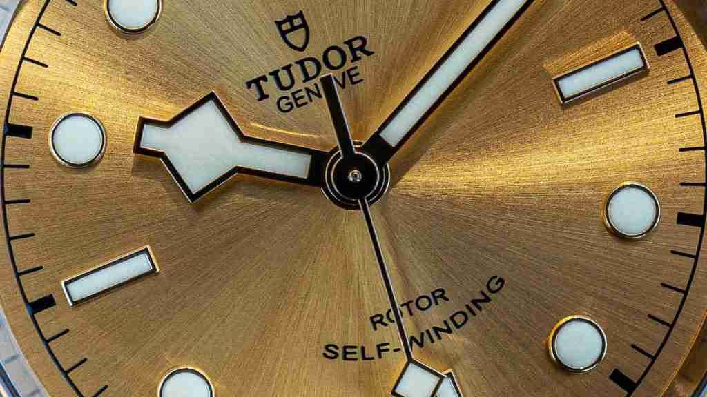 Replica Tudor Black Bay S&G Two-tone Chronograph Watches Buying Guide