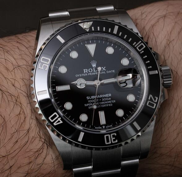 Replica Rolex Submariner Data Caliber 3235 OysterSteel 41mm 126610LN Watches Review 1